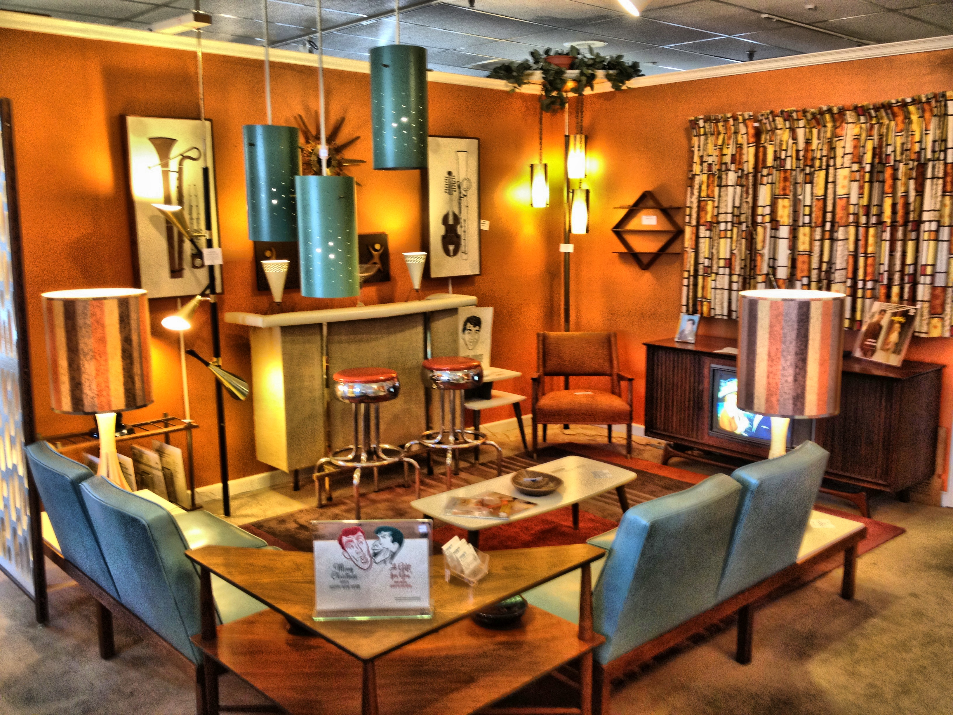 Midway Antique Mall – Eames Era Galore | Crazy for My Collectibles