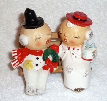 Vintage Kelvin's Japan Christmas Couple Salt and Pepper Shakers