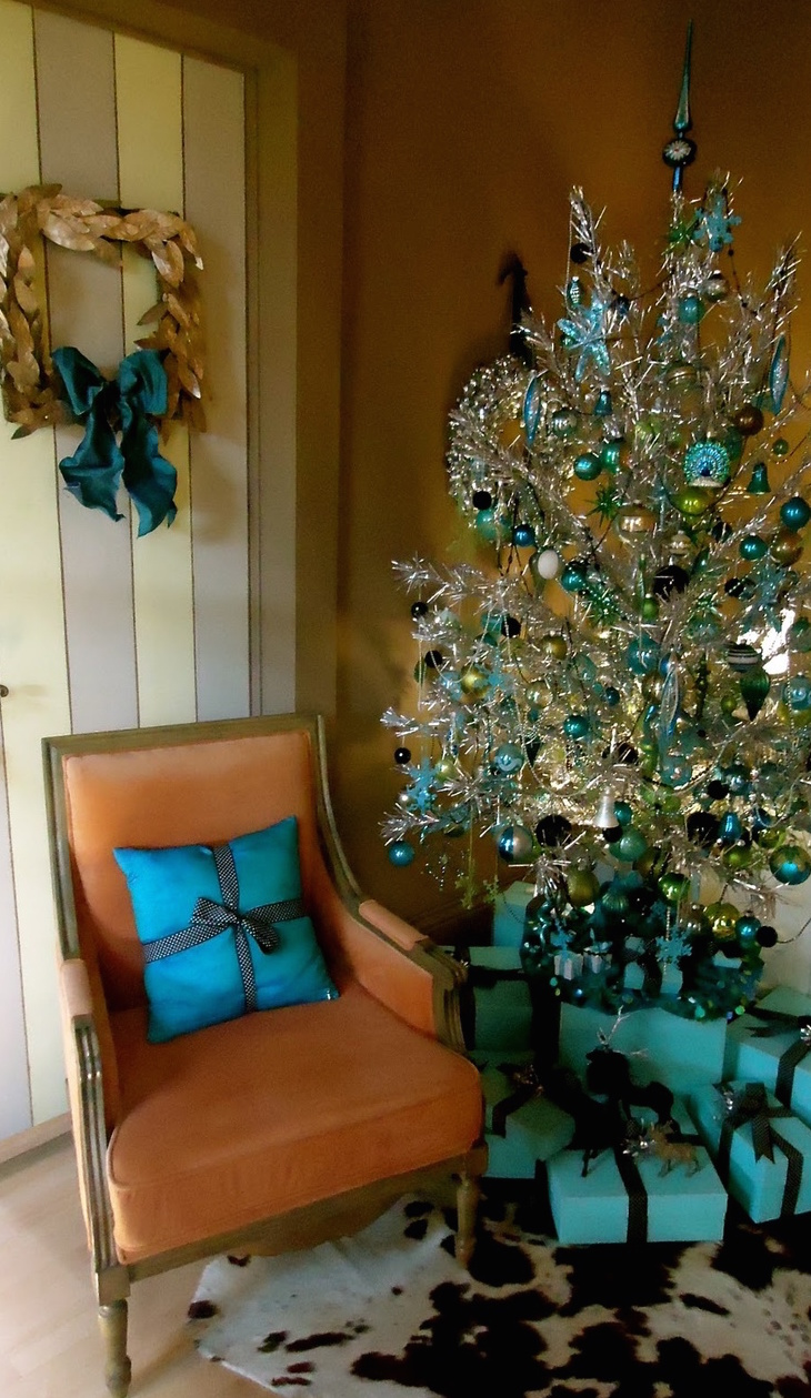Dreaming of a mid century modern christmas pinup antiques fashion collectibles - Superb modern christmas decor ideas ...