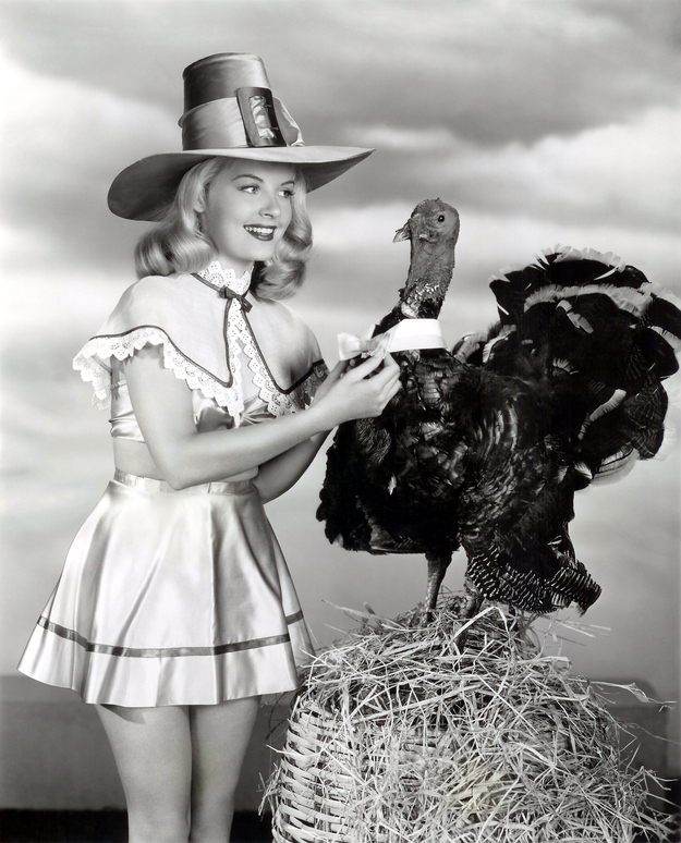 Vintage Pinup Thanksgiving