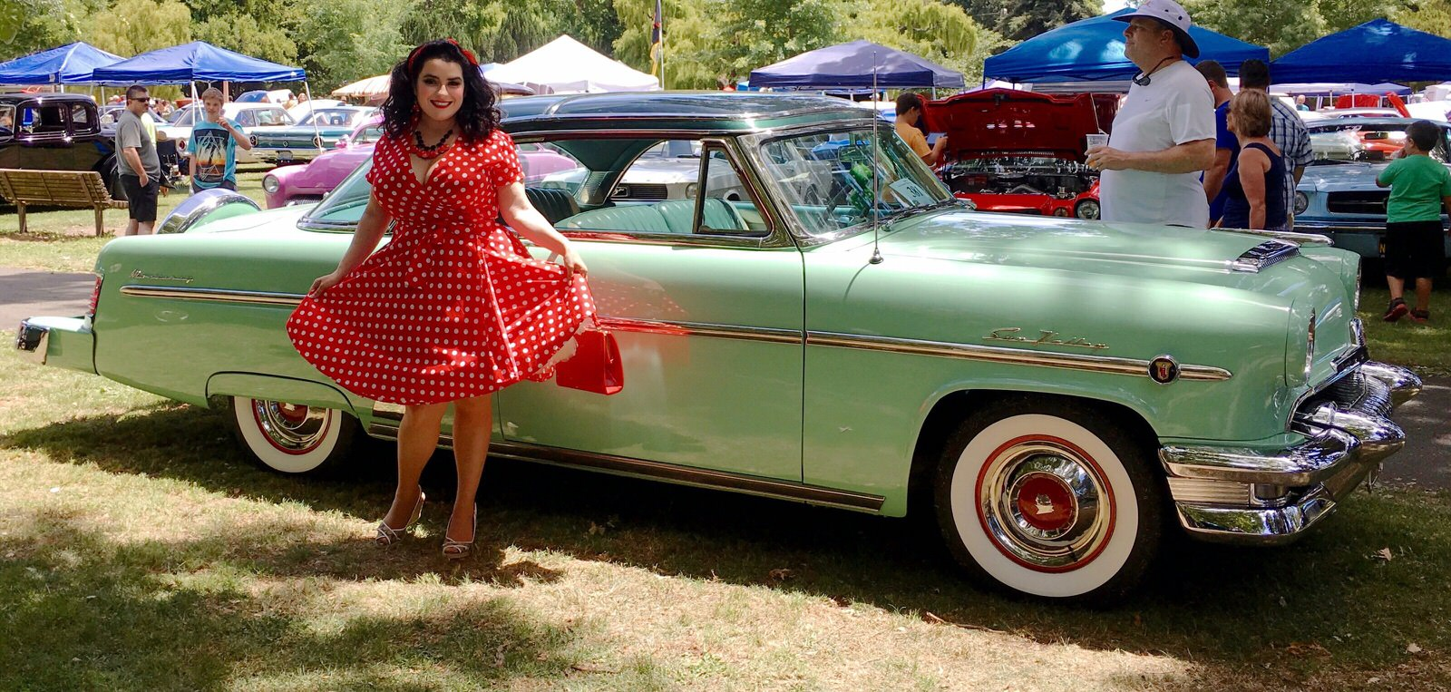 Pinup Girls and Classic Car Shows – Tips You Need to Know ...