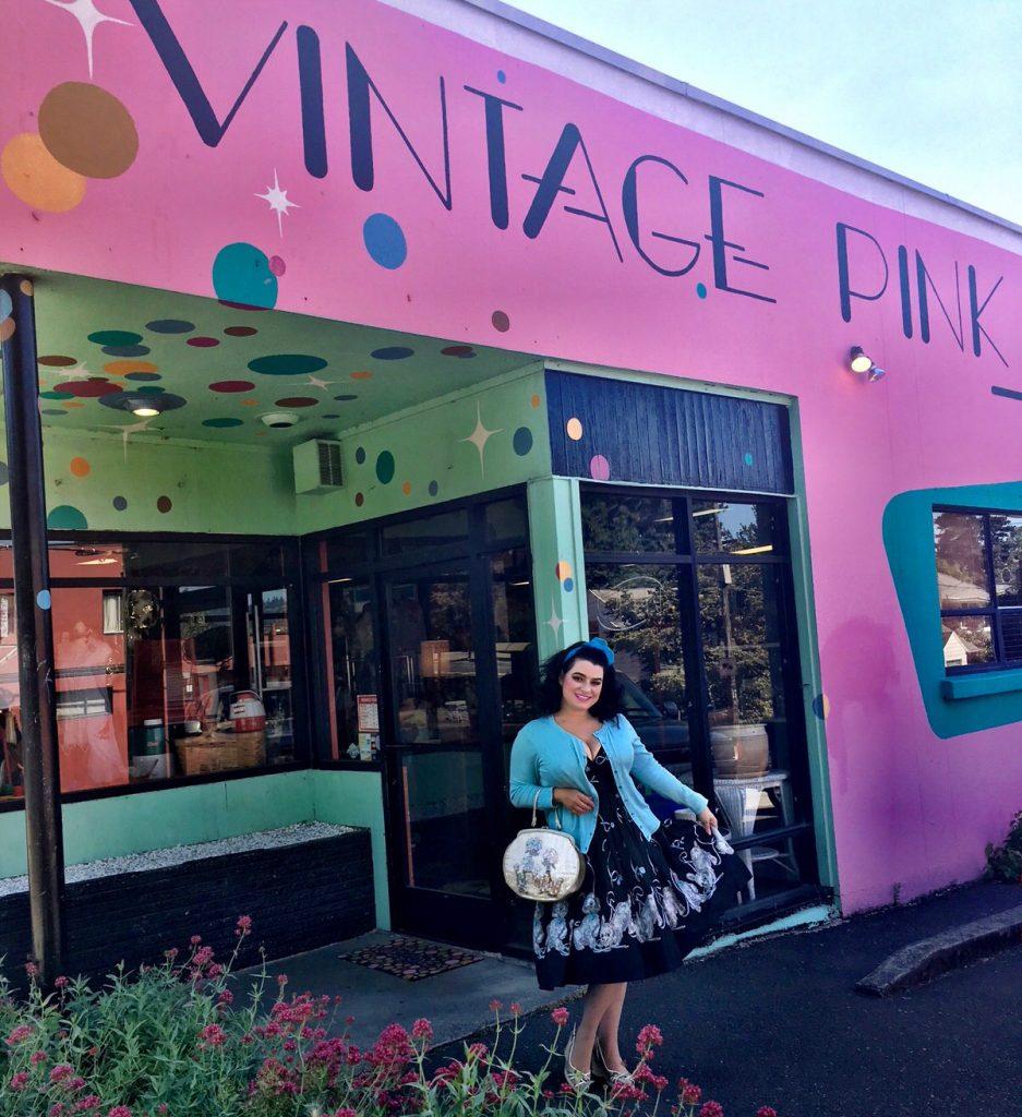 Yasmina Greco - Vintage Pink Portland