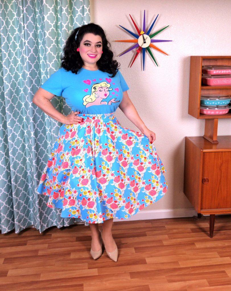 Yasmina Greco Crazy4Me Style Pinup Girl, Rockabilly,crazy4me style,blonde bombshell,blonde bombshell t-shirt,pinup tee,pinup girl t-shirt, blonde t-shirt,Blonde Bombshell Hearts and Kisses Pinup Girl Aqua Blue T-Shirt