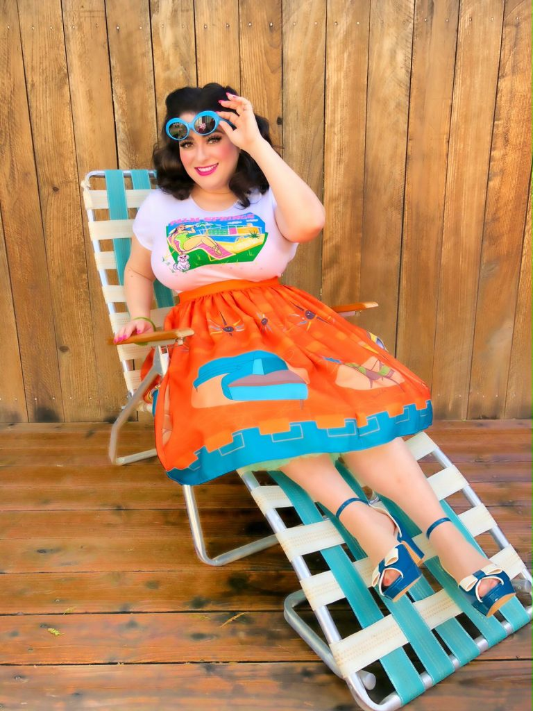 Crazy4Me Style Palm Springs Pinup Girl Mid-Century Modern Postcard T-Shirt