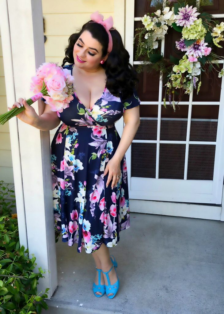 Yasmina Greco - Lady Voluptuous Lyra Dress Floral Wonderland