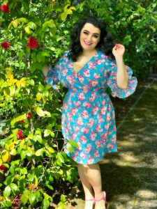 Betsey Johnson Vintage Rose Floral Printed Ruffled-Sleeve Dress Review