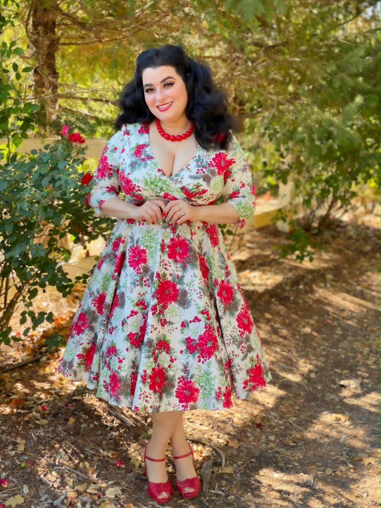Yasmina Greco Hell Bunny Jennie Xmas Red Floral Holly 50s Christmas Dress