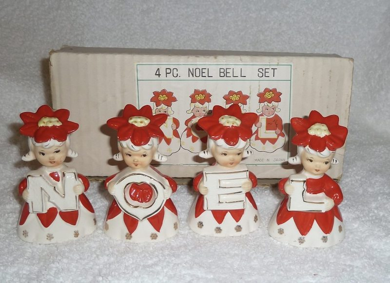 4 Piece Noel Poinsettia Girl Bells Girls by Lipper and Mann 1950s
