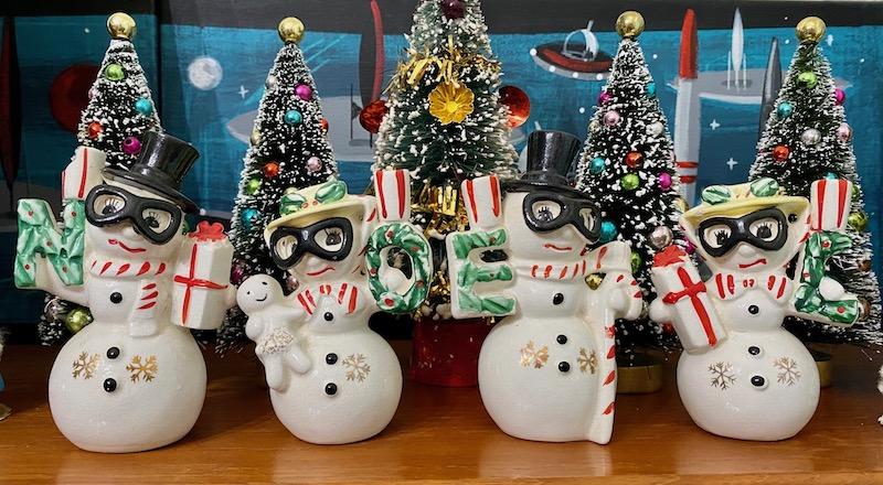 Vintage NOEL Snowmen with Ski Goggles