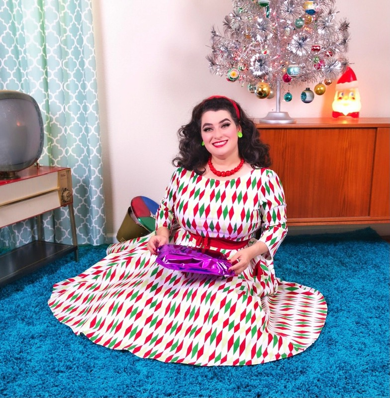 Yasmina Greco Mid-Century Modern Christmas