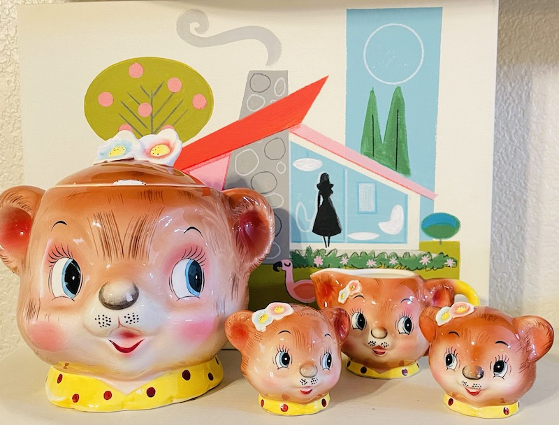 Vintage Kitschy-Cute Enesco Lil Bear Collection Set
