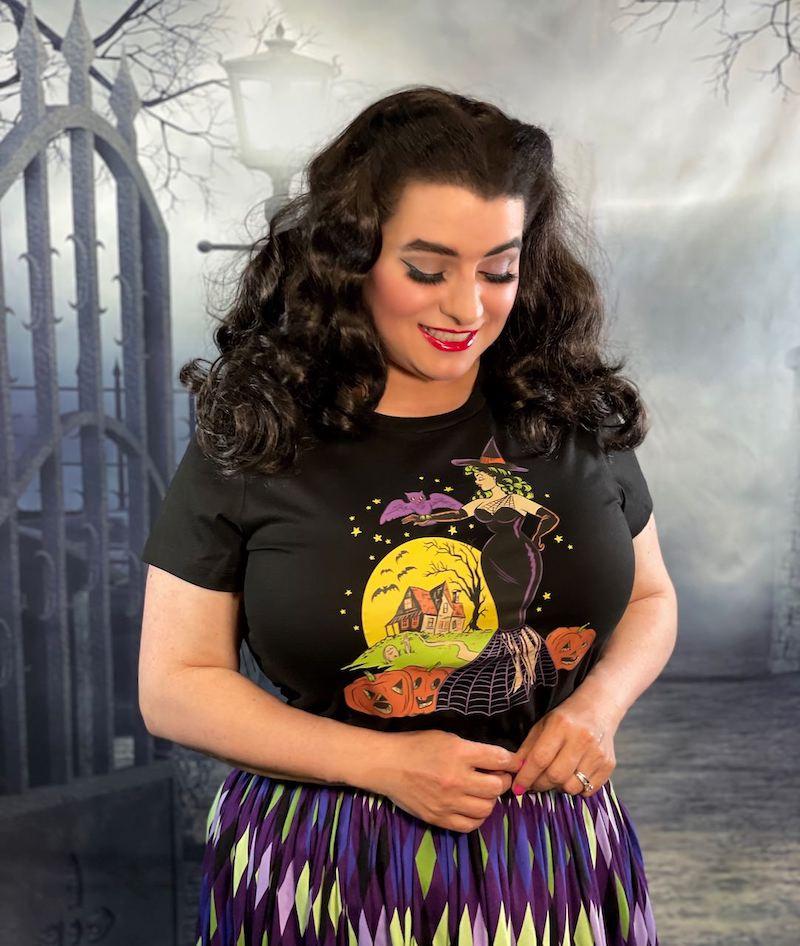 Vintage Halloween Pinup Girl